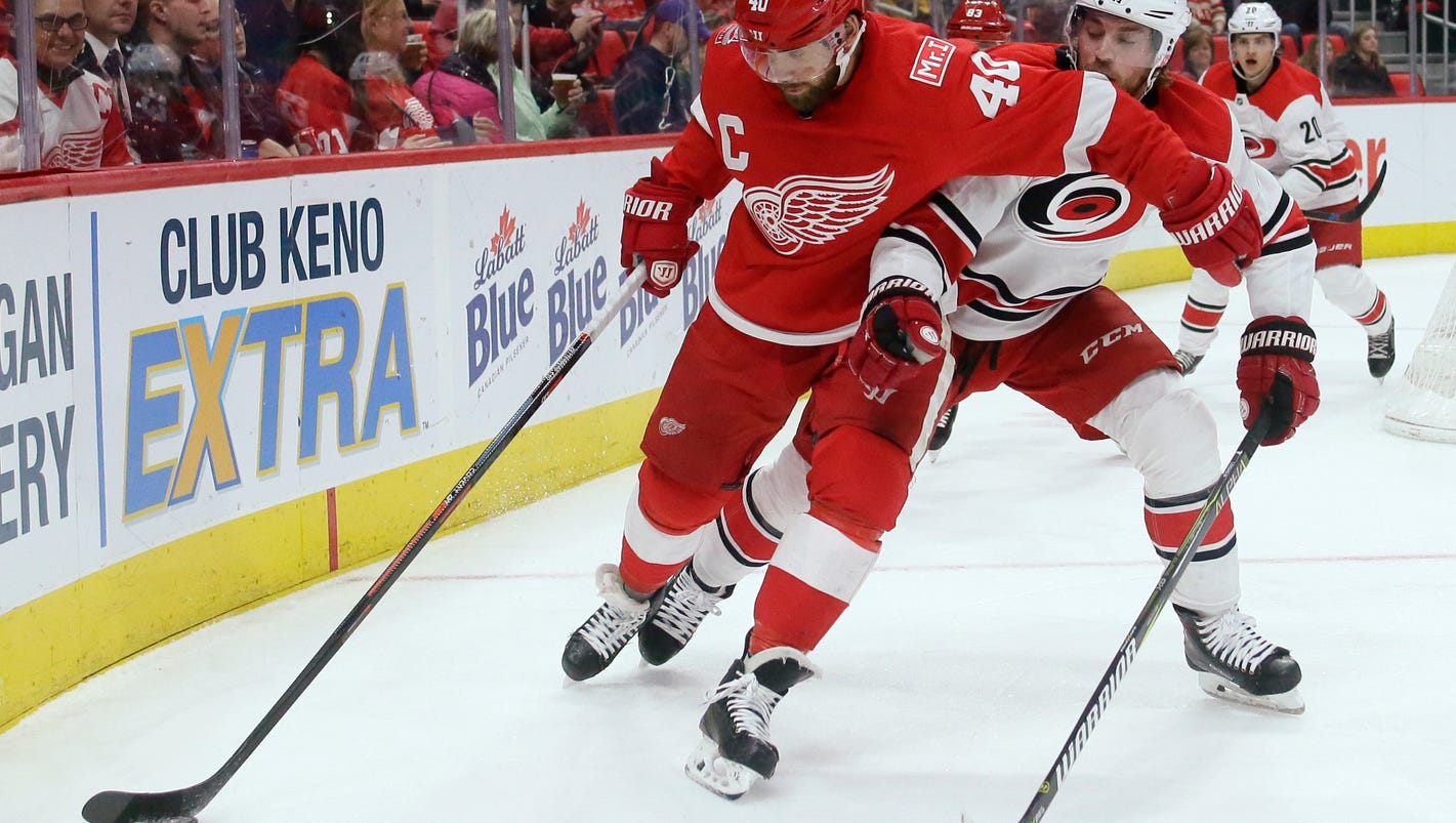 Red Wings 3, Hurricanes 1