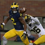 Suspended receiver Ahmir Mitchell leaving Michigan