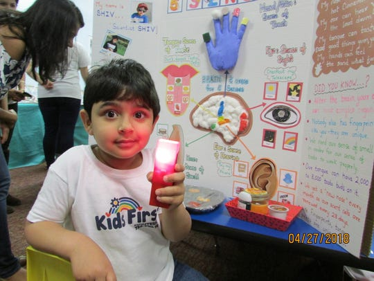 Shiv Badgujar with his project: Five senses.