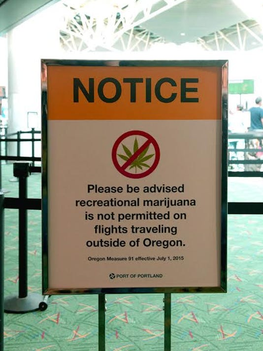 635730747314593624-Pot-sign-at-PDX