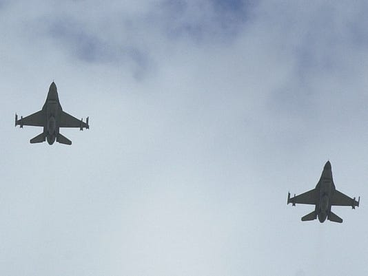 47100 WVFARM0919 F-16 JET FIGHTERS