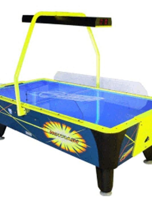 3-dynamo-hot-flash-ii-2-air-hockey-table-non-coin-valley-dynamo.jpg