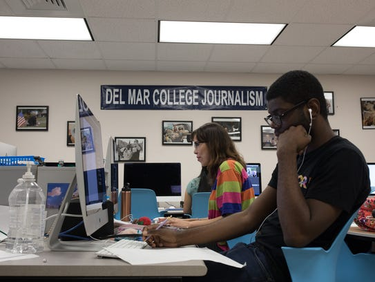 Members of the Del Mar College Foghorn newspaper layout