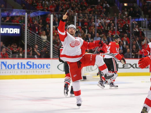 Red Wings left wing Tomas Tatar (21) celebrates scoring