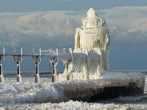 Images of the St. Joseph Lighthouse in St. Joseph, Mich., have gone viral in the wake of the polar vortex.