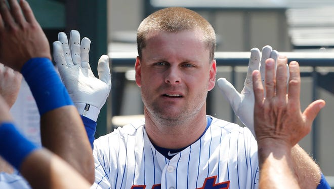 Lucas Duda has a .546 slugging percentage and .913 OPS against right-handed pitchers this season.
