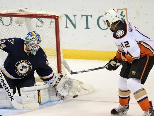 Ducks Blues Hockey