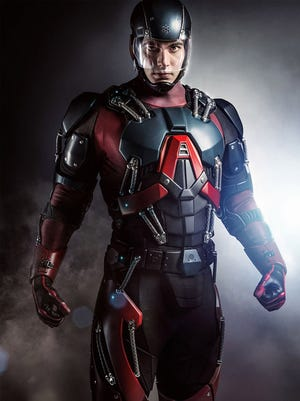 "Brandon Routh as The Atom in CW's ""Arrow"""