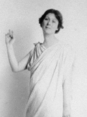 Isadora Duncan in Paris, by an unknown artist.