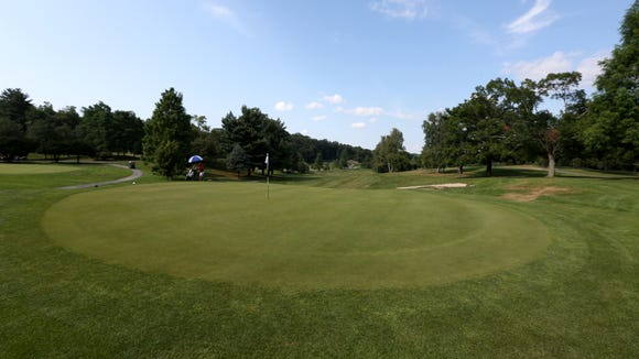The 18th hole at Maple Moor Golf Course in White Plains July 31, 2017.