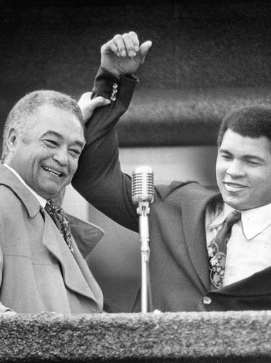 Detroit Mayor Coleman and Muhammad Ali in Kennedy Square in downtown Detroit in 1977.