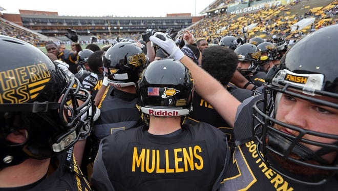 Quarterback Nick Mullens and the Southern Miss Golden Eagles will earn a berth in the Conference USA title game with a win over Louisiana Tech Saturday.