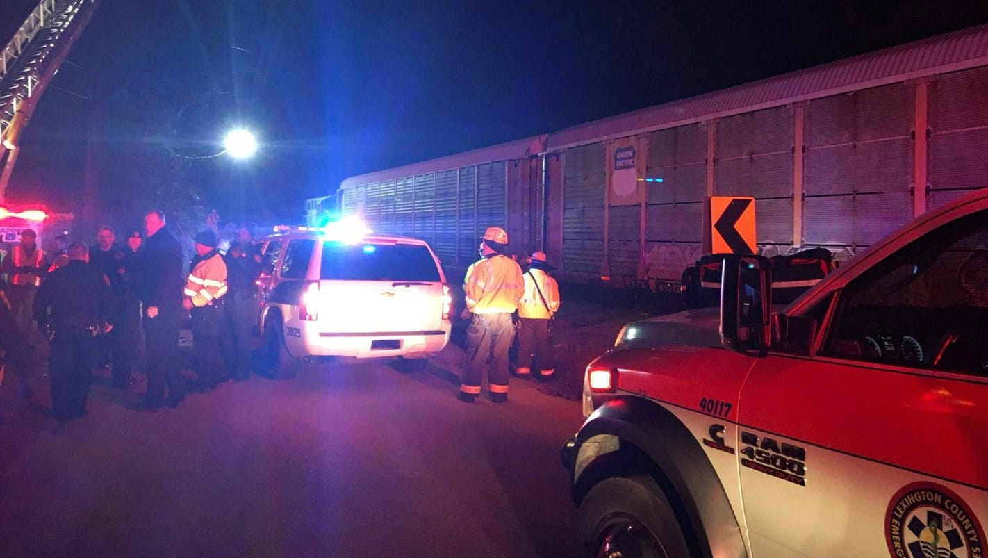 2 dead, more than 70 injured as Amtrak train collides with freight train in S.C.