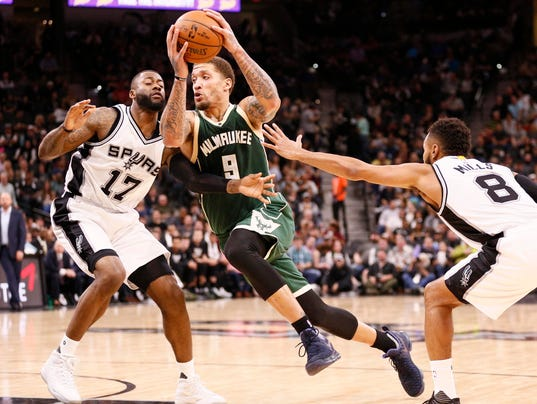 NBA: Milwaukee Bucks at San Antonio Spurs