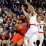 Arizona Wildcats guard Allonzo Trier (11) goes up for