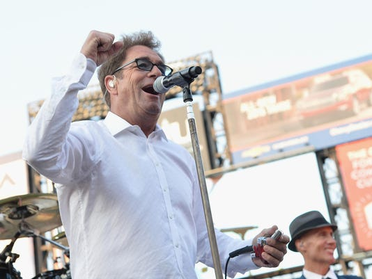 2014 Met Concert Series: Huey Lewis And The News