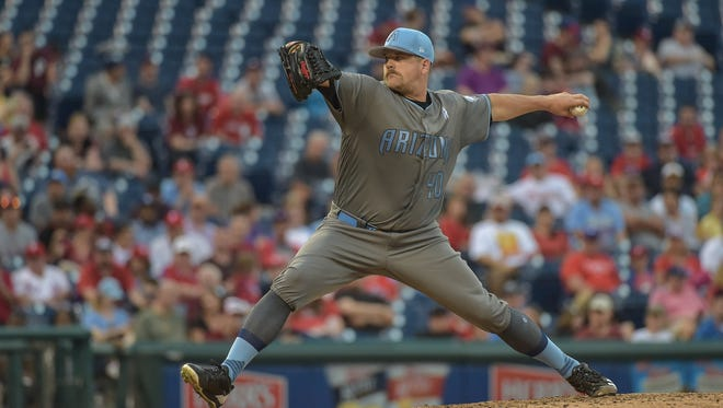 Jun 17, 2017: Arizona Diamondbacks relief pitcher Andrew Chafin (40) pitches during the seventh inning against the Philadelphia Phillies at Citizens Bank Park. The Diamondbacks won the game 5-1.