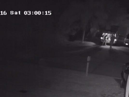 636185097139904822-burglars2.jpg