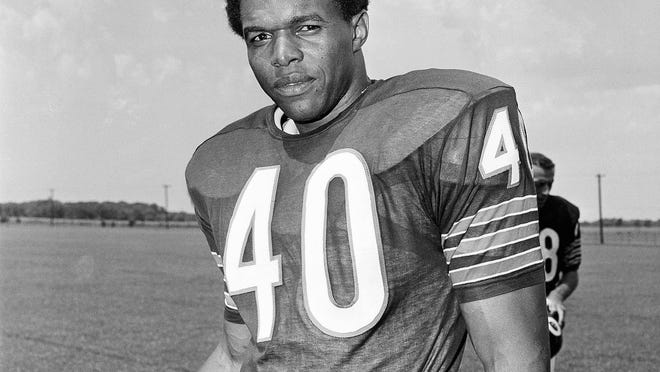 Gale Sayers, a Hall of Fame football player for the Chicago Bears, died Wednesday. He is pictured on Aug. 20, 1970.