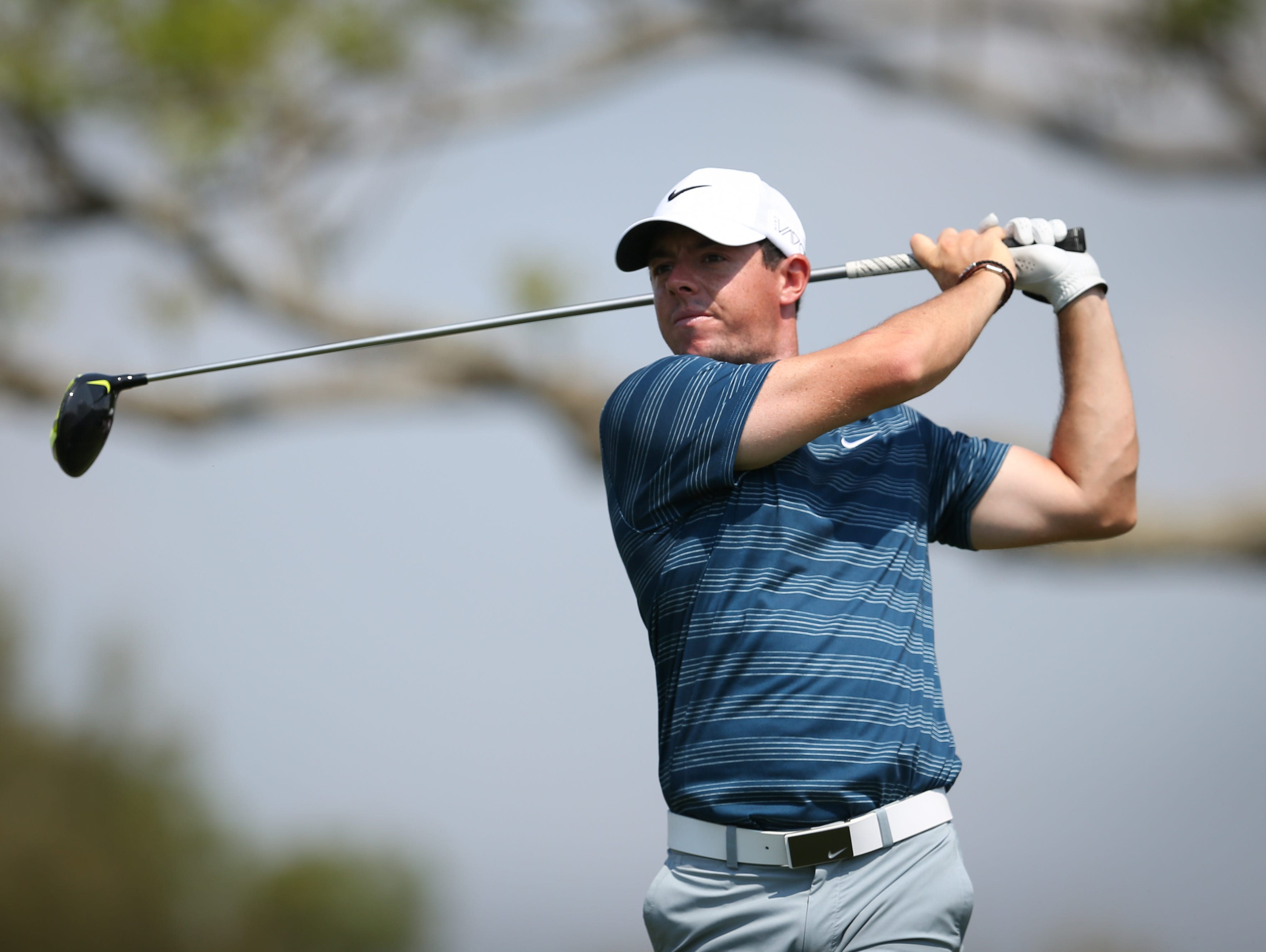 it u0026 39 s official  rory mcilroy joins tiger woods at nike