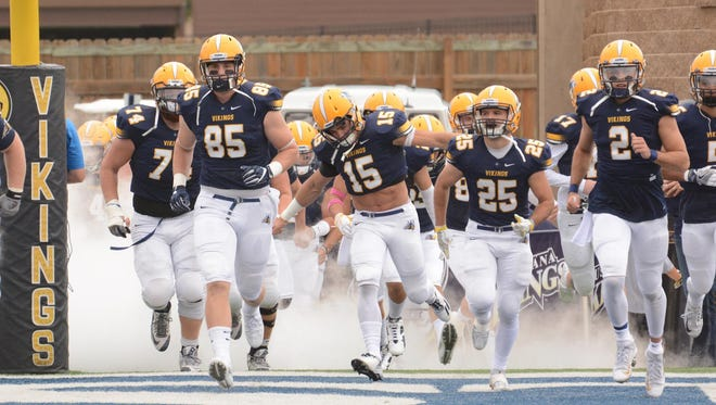 Augustana looks to even its record Saturday in Minot