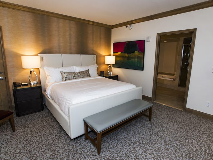 5 Perks At The Priciest Hotel In Phoenix