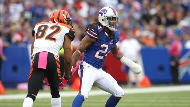 Bills Stephon  Gilmore (24) was back in action while wearing a cast.