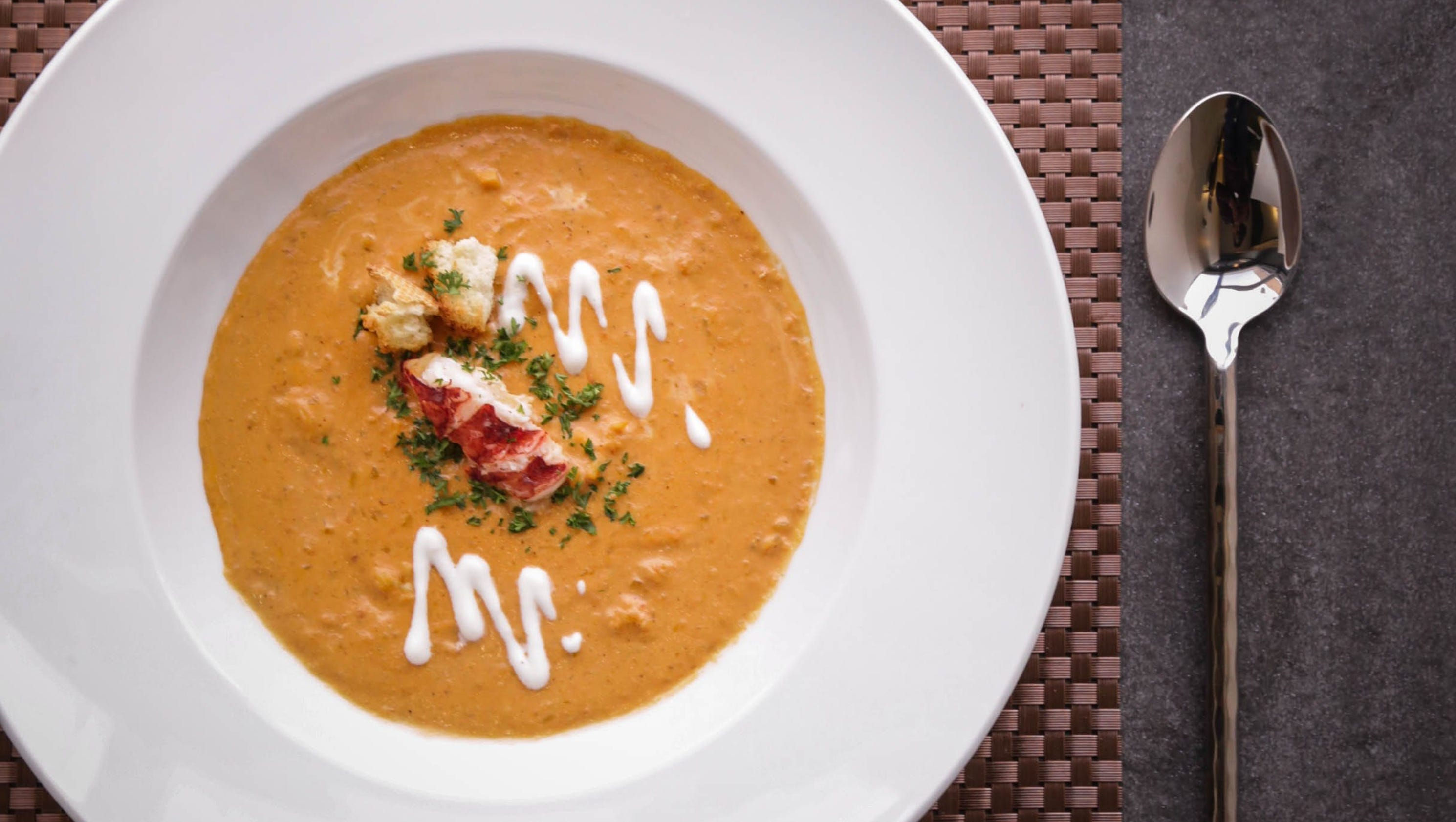 Here's how to make lobster bisque