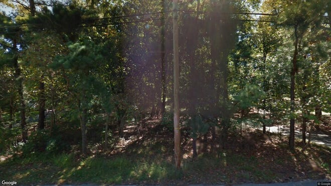 This Google Street View image shows the approximate location of 85 Willow Drive in Jackson. The property at this address changed hands in May 2019, when  Joseph Perlstein  bought the property from  Aaron Finkelstein  for $299,000.