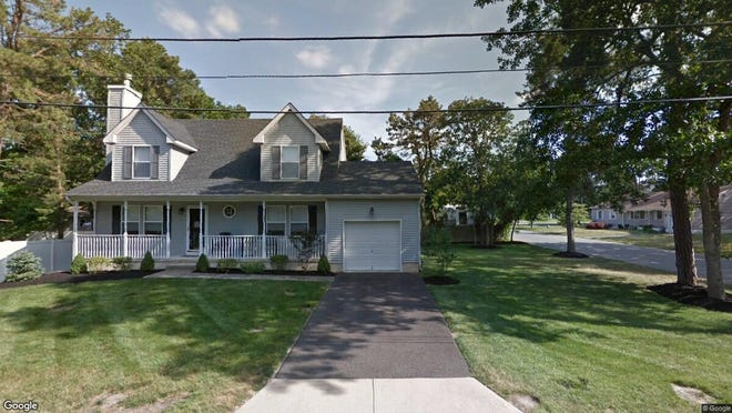 This Google Street View image shows the approximate location of 600 Eleventh Ave{dot} in Manchester. The property at this address changed hands in April 2019, when  Sajid Mehmood  and  Salma Nasreen   bought the property from  Linda Bagen  for $276,500.