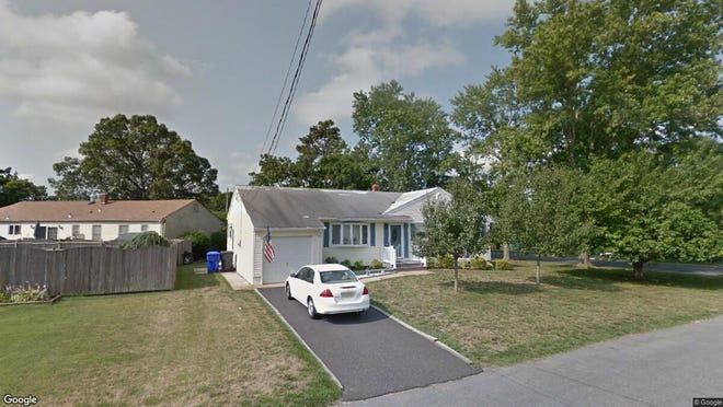 This Google Street View image shows the approximate location of 200 Green Tree Road in Brick. The property at this address changed hands in May 2019, when Jared and Gary Weinstein  bought the property from  Elizabeth Stango  for $341,000.