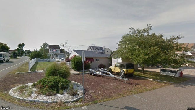 This Google Street View image shows the approximate location of 1201 Niihau Drive in Lacey. The property at this address changed hands in May 2019, when  Robert Schoen  bought the property from  James P Cox  for $140,000.