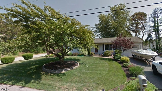 This Google Street View image shows the approximate location of 840 Second Ave{dot} in Manchester. The property at this address changed hands in May 2019, when  Jean C Quinones  and  Rosa Virella   bought the property from  Sandra Johnson  for $245,000.