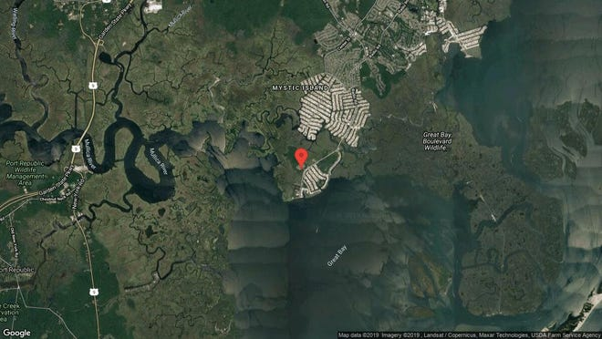 This aerial photo shows the approximate location of 44 Oakland Bay Court in Little Egg Harbor. The property at this address changed hands in June 2019, when Matthew P Chandler bought the property from Wesley Nepomuceno for $132,000.