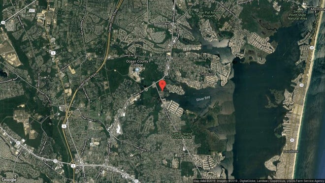This aerial photo shows the approximate location of 617 Waters Edge Drive in Toms River. The property at this address changed hands in June 2019, when Joseph A Dileo bought the property from Ronald and Karen Lyon for $190,000.