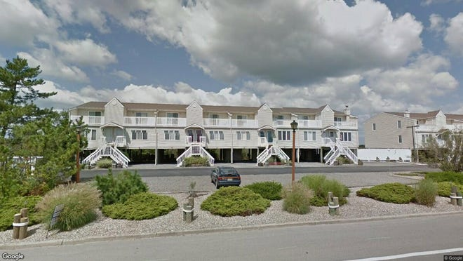 This Google Street View image shows the approximate location of 438 E. Bay Ave. #4 in Barnegat. The property at this address changed hands in May 2019, when Daniel F Weiner bought the property from Jack E Potash for $184,000.