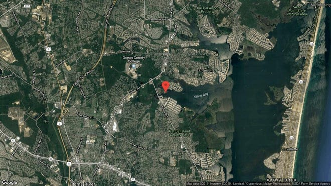 This aerial photo shows the approximate location of 219 Waters Edge Drive in Toms River. The property at this address changed hands in June 2019, when Tabitha L Mclaughlin bought the property from Citta, Joseph A & Lillian R Trust for $215,000.