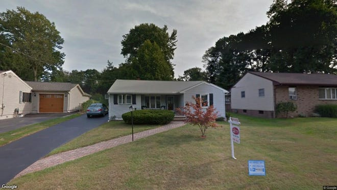 This Google Street View image shows the approximate location of 171 Oxford Road in Woodbridge. The property at this address changed hands in May 2019, when Nelson Catarino, Giacomo Bonomo and S Bonomo bought the property from Richard J and Eileen J Sugalski for $262,000.