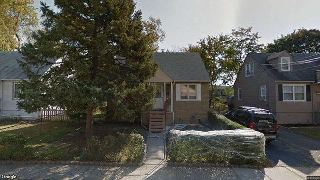 This Google Street View image shows the approximate location of 702 Washington Ave. in Woodbury City. The property at this address changed hands in June 2019, when Carlos A and Nadia S Moreta bought the property from Douglas D Beck and Elizabeth Maher for $150,000.