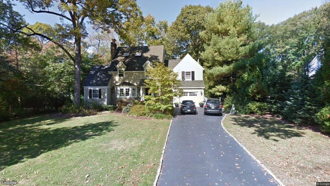 This Google Street View image shows the approximate location of 129 Kenilworth Road in Mountain Lakes. The property at this address changed hands in April 2019, when Alexander and Kinneret Gildar Burlak bought the property from Mark G Thomson and Helen J Appleby for $745,000.