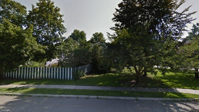 This Google Street View image shows the approximate location of 10 W. Parkway in Pequannock. The property at this address changed hands in June 2019, when Jesse E and Tammy Maldonado bought the property from James and Heidi R Carius for $496,000.