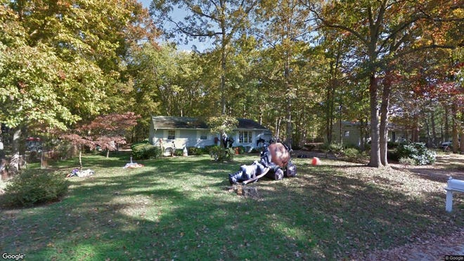 This Google Street View image shows the approximate location of 422 Payson Ave. in Chesilhurst. The property at this address changed hands in July 2019, when new owner bought the property for $159,000.
