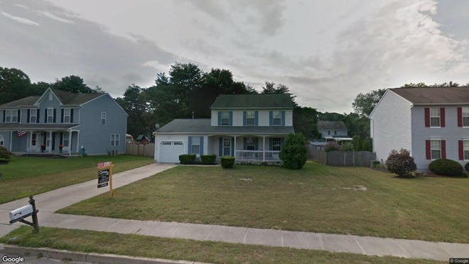 This Google Street View image shows the approximate location of 7 Rosalind Circle in Winslow. The property at this address changed hands in August 2019, when new owner bought the property for $215,000.