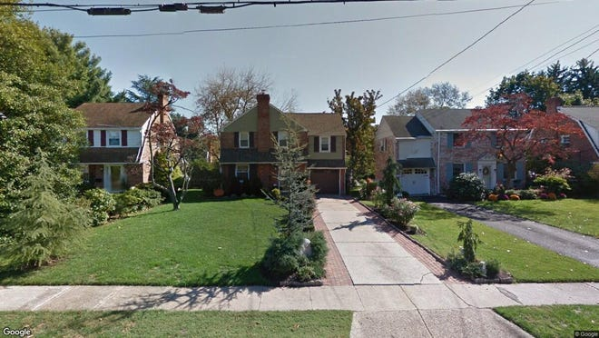 This Google Street View image shows the approximate location of 30 N. Drexel St. in Woodbury City. The property at this address changed hands in August 2019, when new owner bought the property for $182,900.
