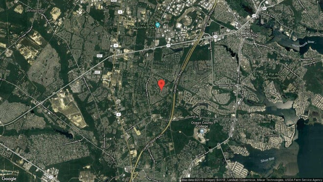 This aerial photo shows the approximate location of 1564 Lacebark Road in Toms River. The property at this address changed hands in June 2019, when new owners bought the property for $231,000.