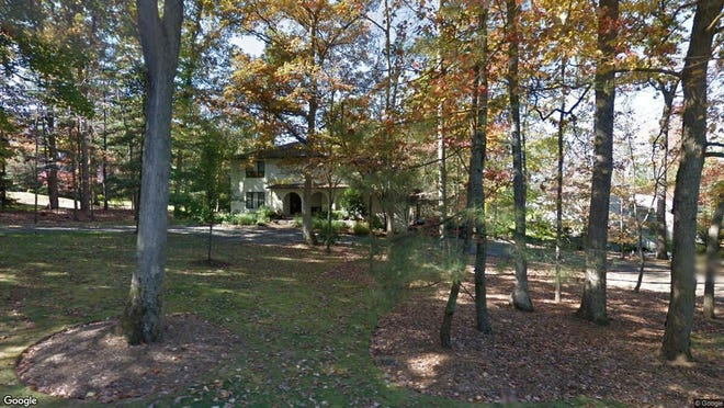 This Google Street View image shows the approximate location of 90 Scott Drive in Watchung. The property at this address changed hands in August 2019, when new owner bought the property for $865,000.