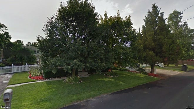This Google Street View image shows the approximate location of 417 Carlisa Drive in Brick. The property at this address changed hands in September 2019, when new owner bought the property for $254,000.