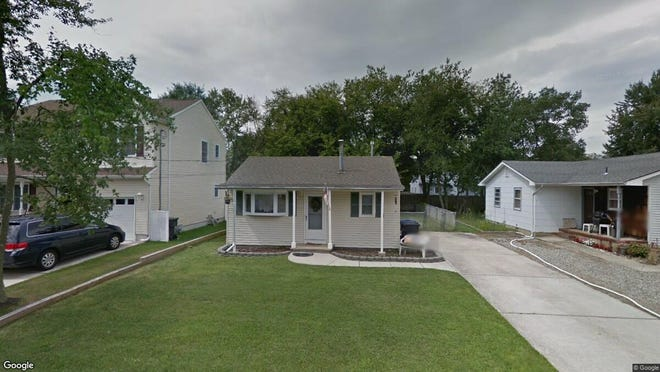 This Google Street View image shows the approximate location of 800 Pine Shore Road in Toms River. The property at this address changed hands in October 2019, when new owner bought the property for $164,000.