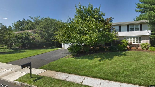 This Google Street View image shows the approximate location of 5 Thrush Mews in North Brunswick. The property at this address changed hands in July 2019, when new owners bought the property for $492,000.