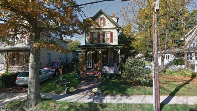 This Google Street View image shows the approximate location of 25 S. Davis St. in Woodbury City. The property at this address changed hands in August 2019, when new owner bought the property for $175,000.